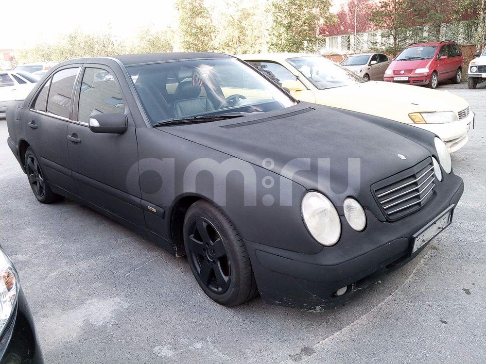 Подержанный Mercedes-Benz E-Класс, хорошее состояние, черный матовый, 2000 года выпуска, цена 370 000 руб. в ао. Ханты-Мансийском Автономном округе - Югре
