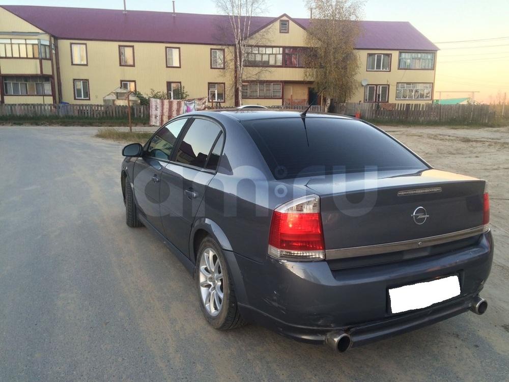 Подержанный Opel Vectra, среднее состояние, серебряный металлик, 2004 года выпуска, цена 270 000 руб. в ао. Ханты-Мансийском Автономном округе - Югре