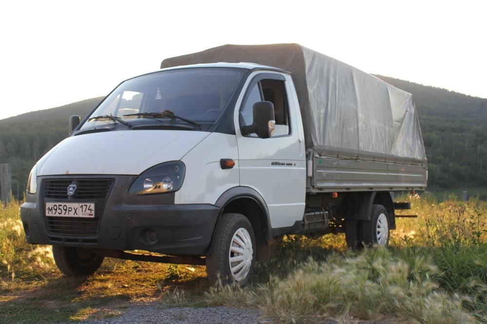 Подержанный ГАЗ Газель, хорошее состояние, белый , 2010 года выпуска, цена 380 000 руб. в Челябинской области