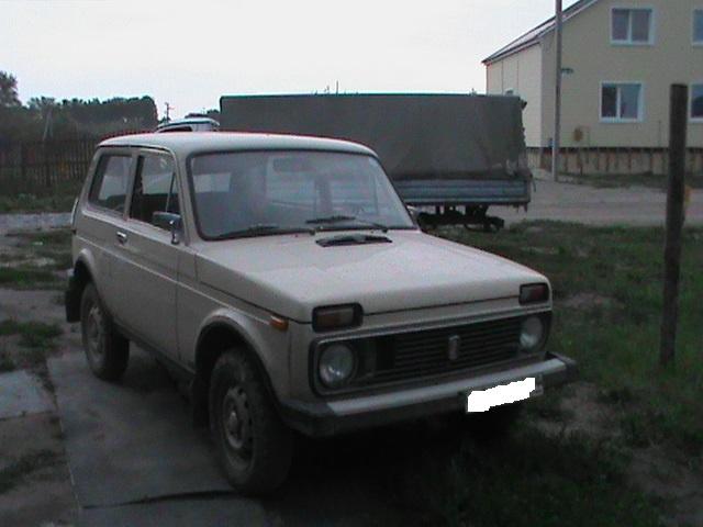 Подержанный ВАЗ (Lada) 4x4, отличное состояние, бежевый , 1981 года выпуска, цена 100 000 руб. в Челябинской области