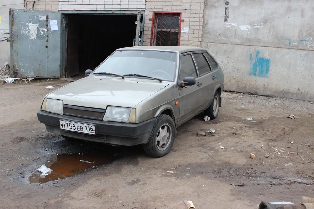 Подержанный ВАЗ (Lada) 2109, хорошее состояние, серый , 2000 года выпуска, цена 39 000 руб. в республике Татарстане