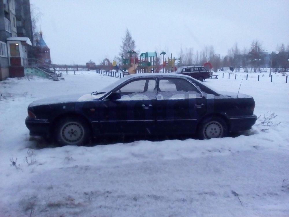 Подержанный Mitsubishi Diamante, среднее состояние, черный , 1993 года выпуска, цена 70 000 руб. в ао. Ханты-Мансийском Автономном округе - Югре