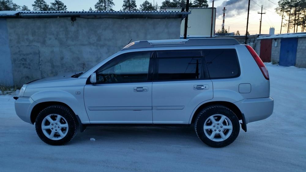 Подержанный Nissan X-Trail, хорошее состояние, серебряный , 2006 года выпуска, цена 570 000 руб. в ао. Ханты-Мансийском Автономном округе - Югре