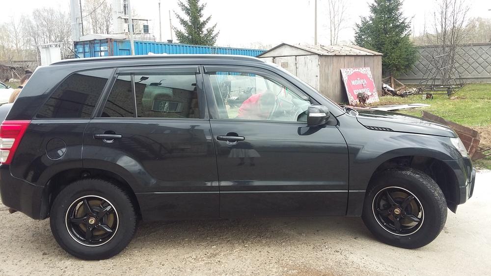Подержанный Suzuki Grand Vitara, хорошее состояние, черный , 2012 года выпуска, цена 820 000 руб. в республике Татарстане