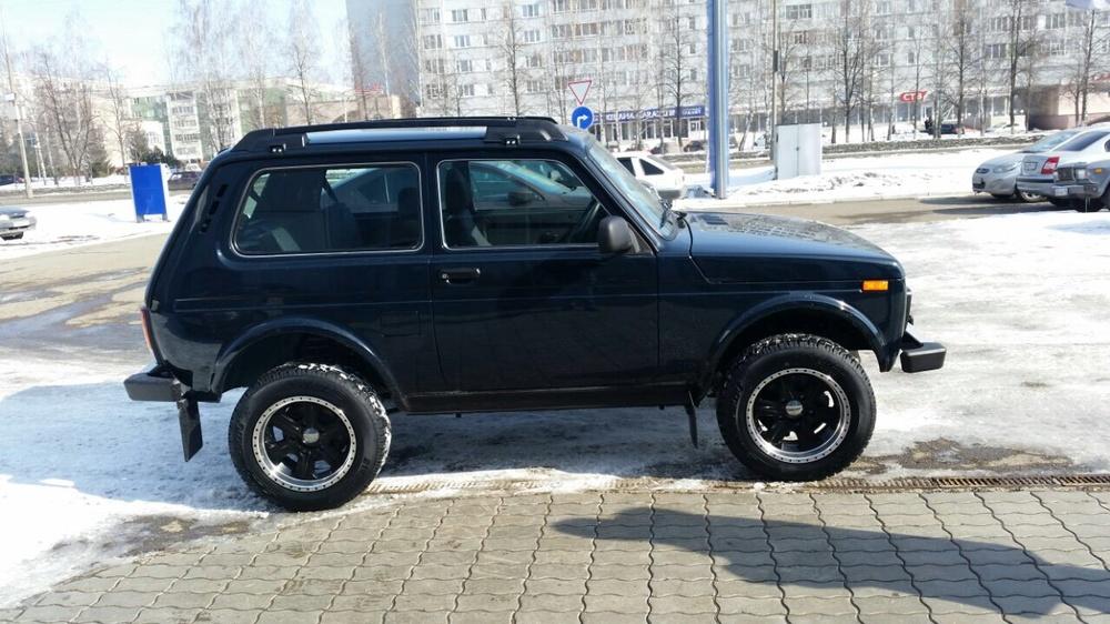 Подержанный ВАЗ (Lada) 4x4, отличное состояние, черный , 2016 года выпуска, цена 470 000 руб. в республике Татарстане