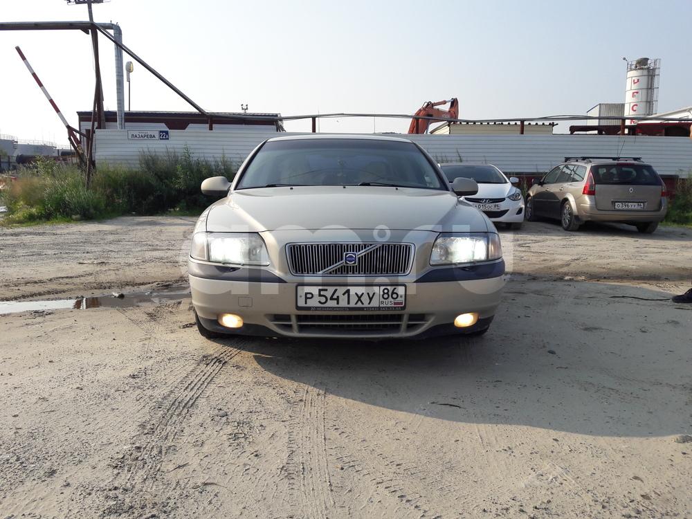 Подержанный Volvo S80, хорошее состояние, серый , 2002 года выпуска, цена 300 000 руб. в ао. Ханты-Мансийском Автономном округе - Югре