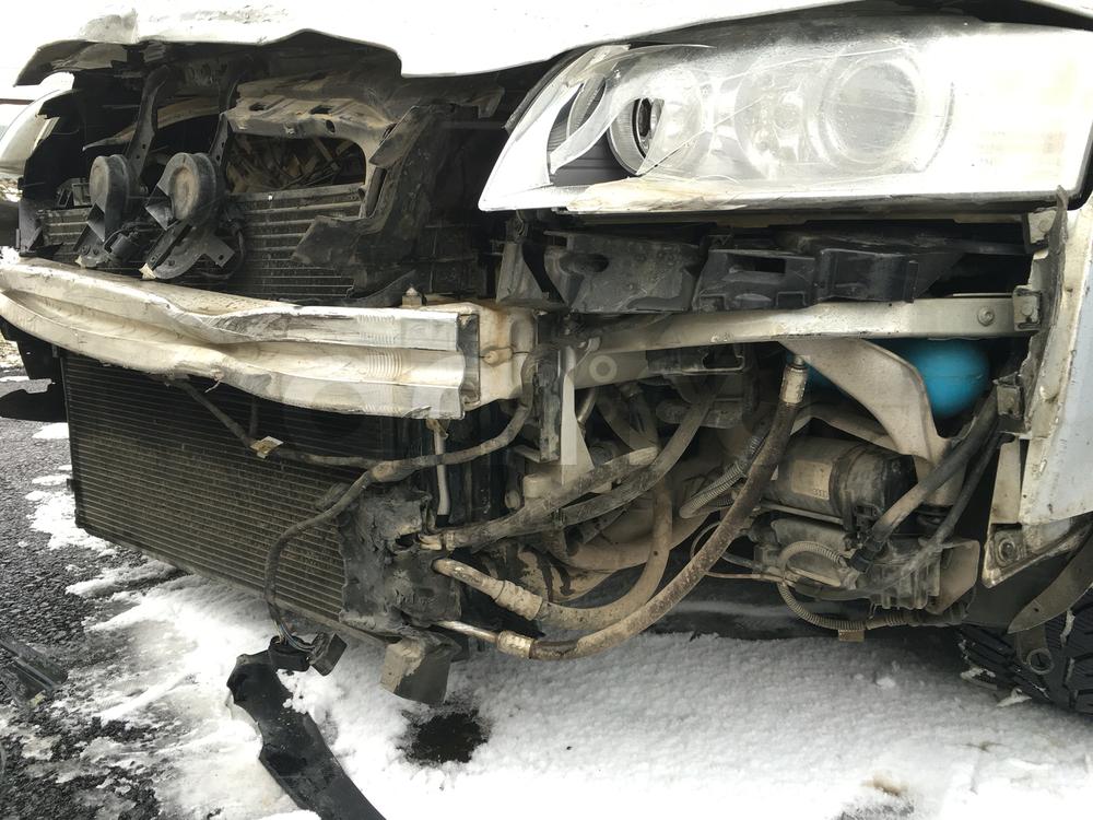 Подержанный Audi A8, битый состояние, серебряный металлик, 2008 года выпуска, цена 700 000 руб. в ао. Ханты-Мансийском Автономном округе - Югре