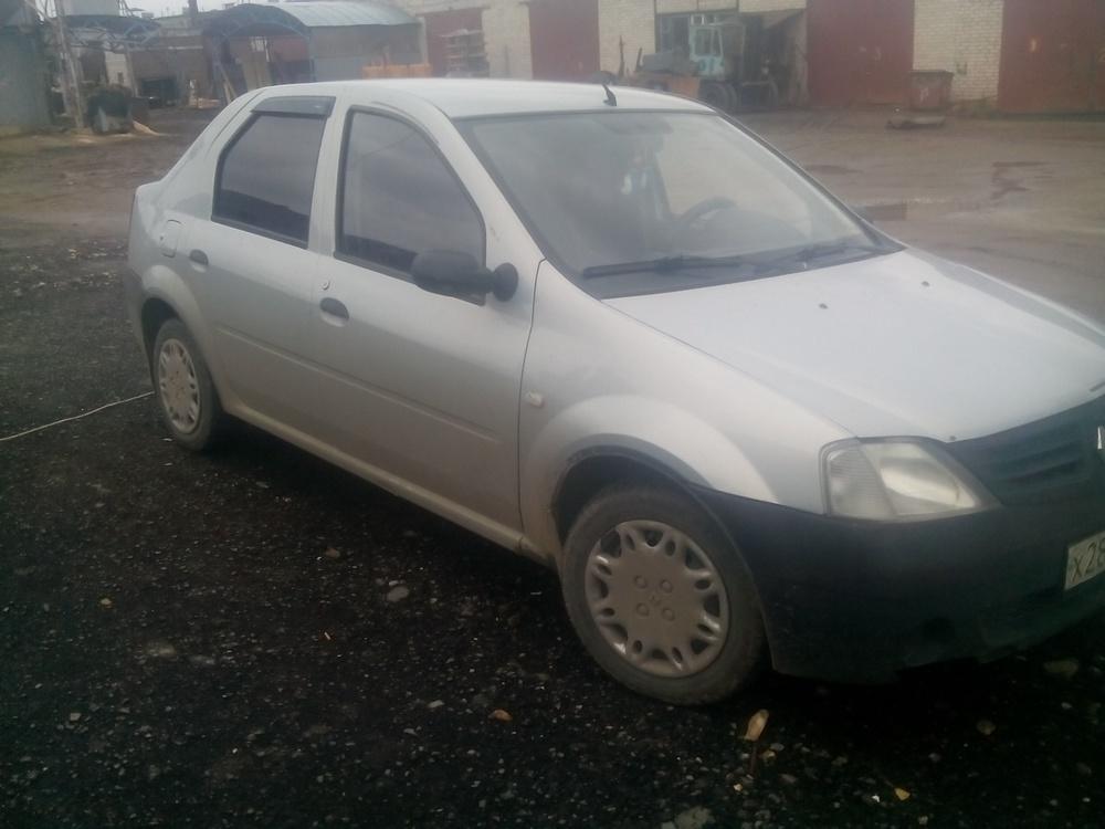Подержанный Renault Logan, хорошее состояние, серый , 2005 года выпуска, цена 175 000 руб. в Челябинской области