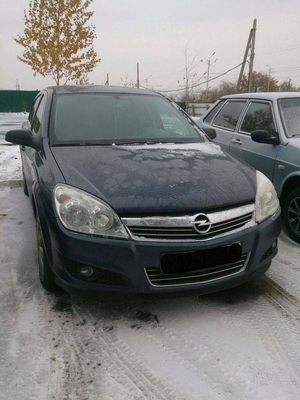 Подержанный Opel Astra, хорошее состояние, синий , 2008 года выпуска, цена 320 000 руб. в республике Татарстане
