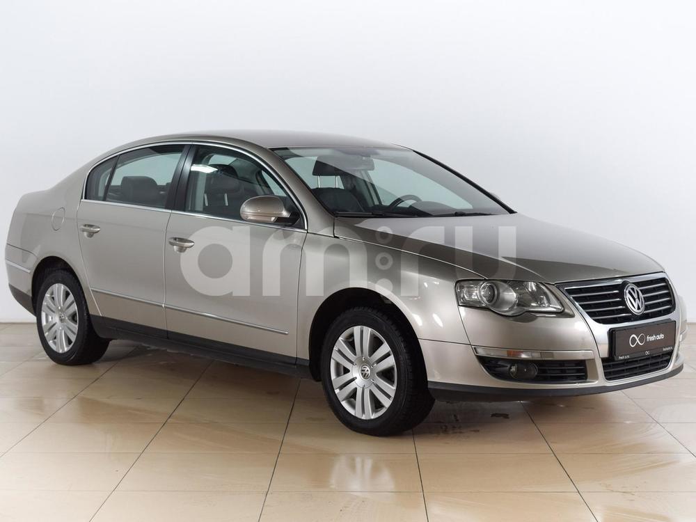 Volkswagen Passat с пробегом, бежевый , отличное состояние, 2006 года выпуска, цена 449 000 руб. в автосалоне  ()