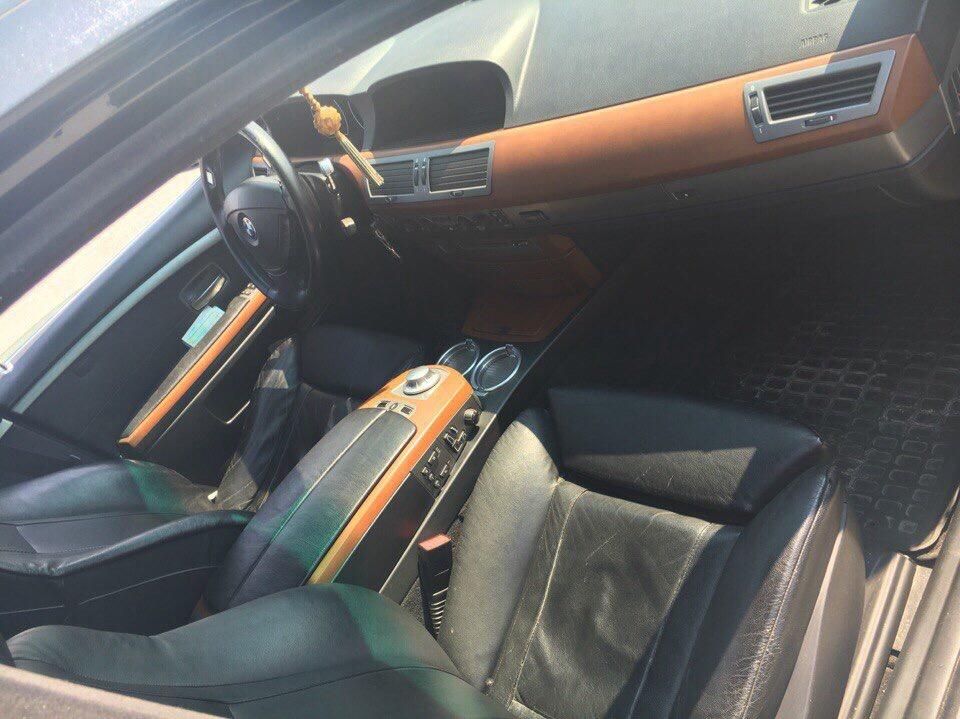 Подержанный BMW 7 серия, хорошее состояние, черный , 2003 года выпуска, цена 500 000 руб. в ао. Ханты-Мансийском Автономном округе - Югре