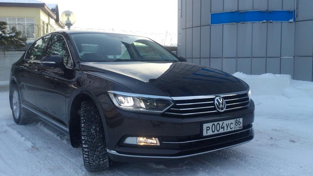Подержанный Volkswagen Passat, отличное состояние, коричневый металлик, 2015 года выпуска, цена 1 780 000 руб. в ао. Ханты-Мансийском Автономном округе - Югре