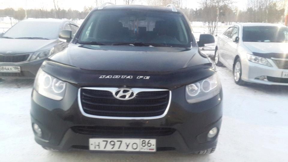Подержанный Hyundai Santa Fe, отличное состояние, черный металлик, 2010 года выпуска, цена 930 000 руб. в ао. Ханты-Мансийском Автономном округе - Югре