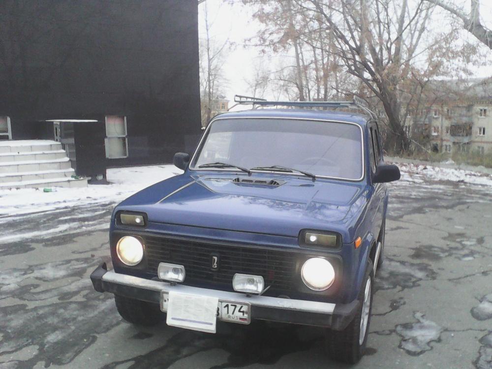 Подержанный ВАЗ (Lada) 4x4, хорошее состояние, синий , 2005 года выпуска, цена 150 000 руб. в Челябинской области