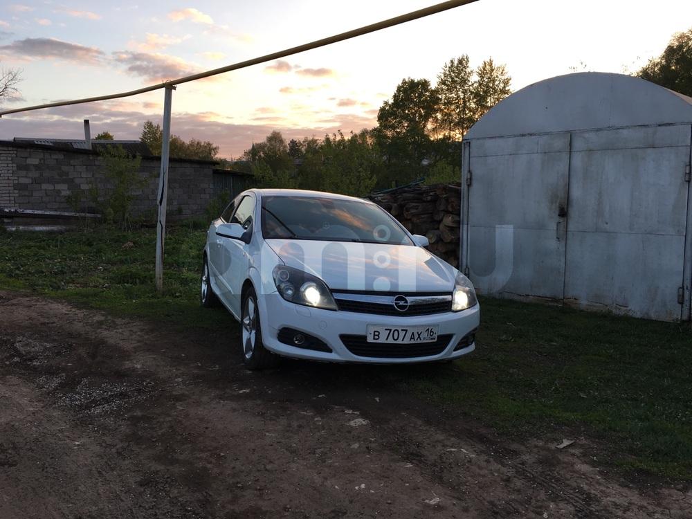 Подержанный Opel Astra, отличное состояние, белый , 2008 года выпуска, цена 330 000 руб. в республике Татарстане