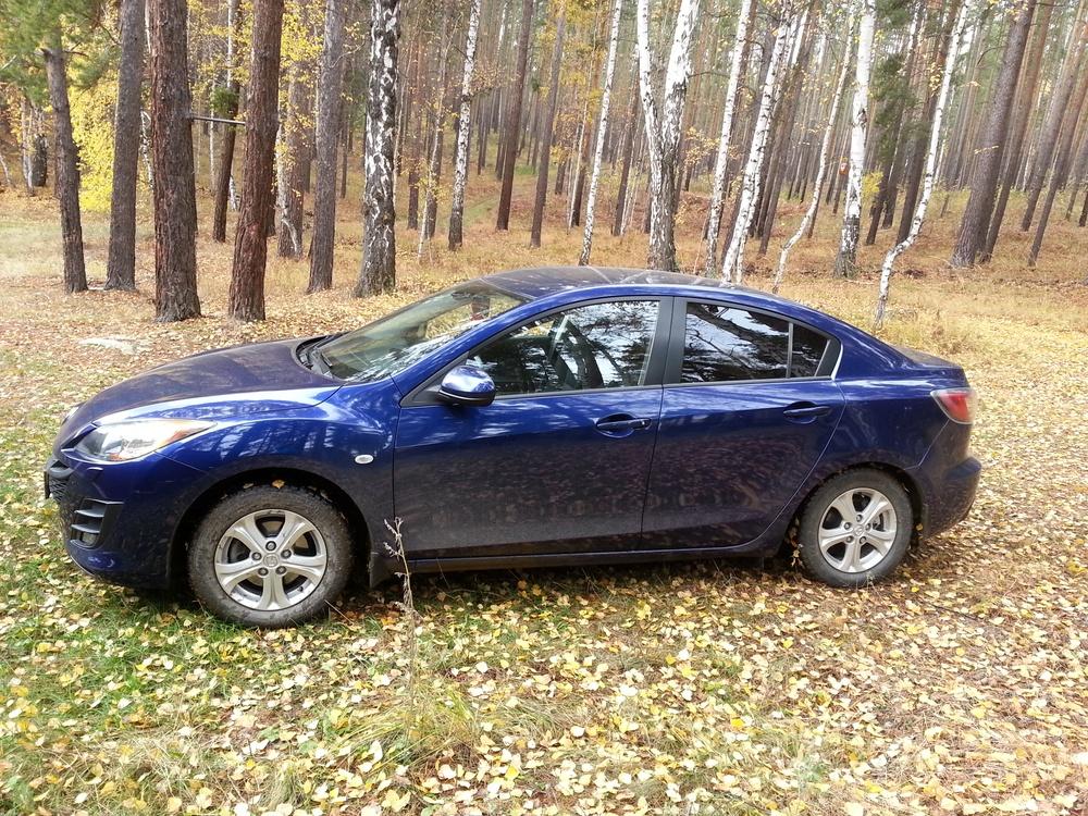 Подержанный Mazda 3, хорошее состояние, синий , 2009 года выпуска, цена 520 000 руб. в Челябинской области