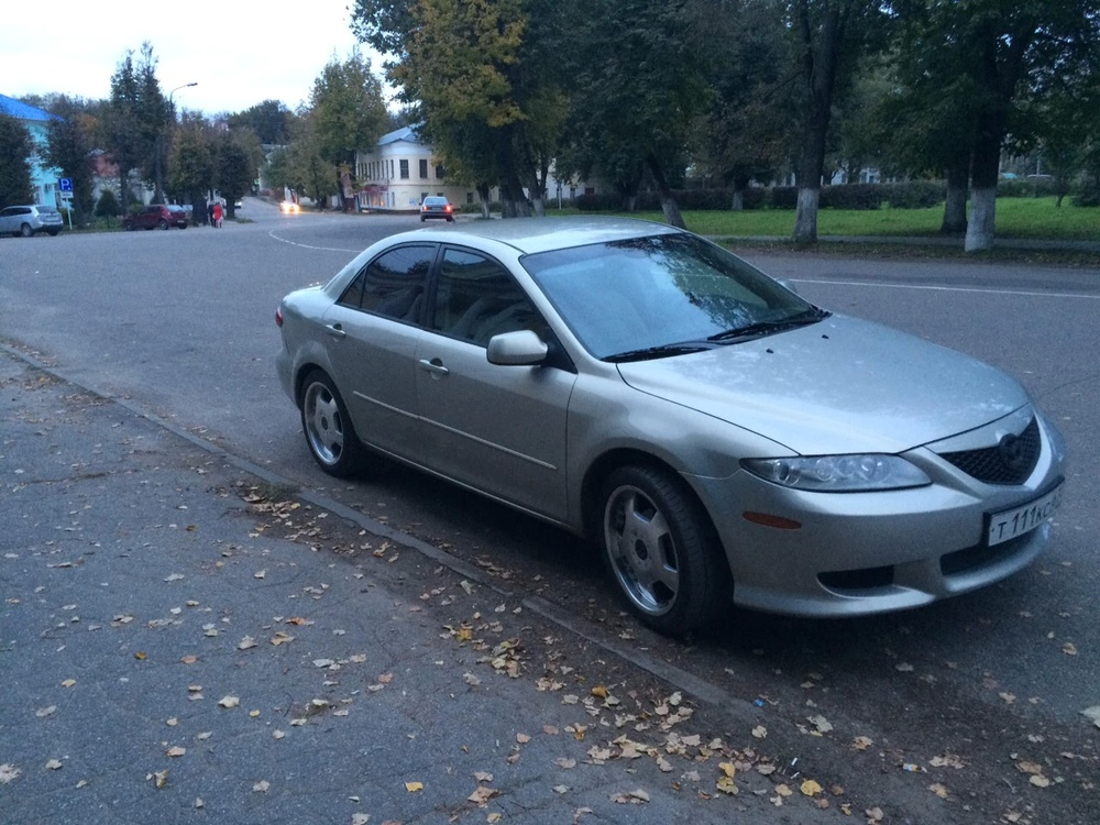 Подержанный Mazda 6, хорошее состояние, серый , 2004 года выпуска, цена 300 000 руб. в Смоленской области