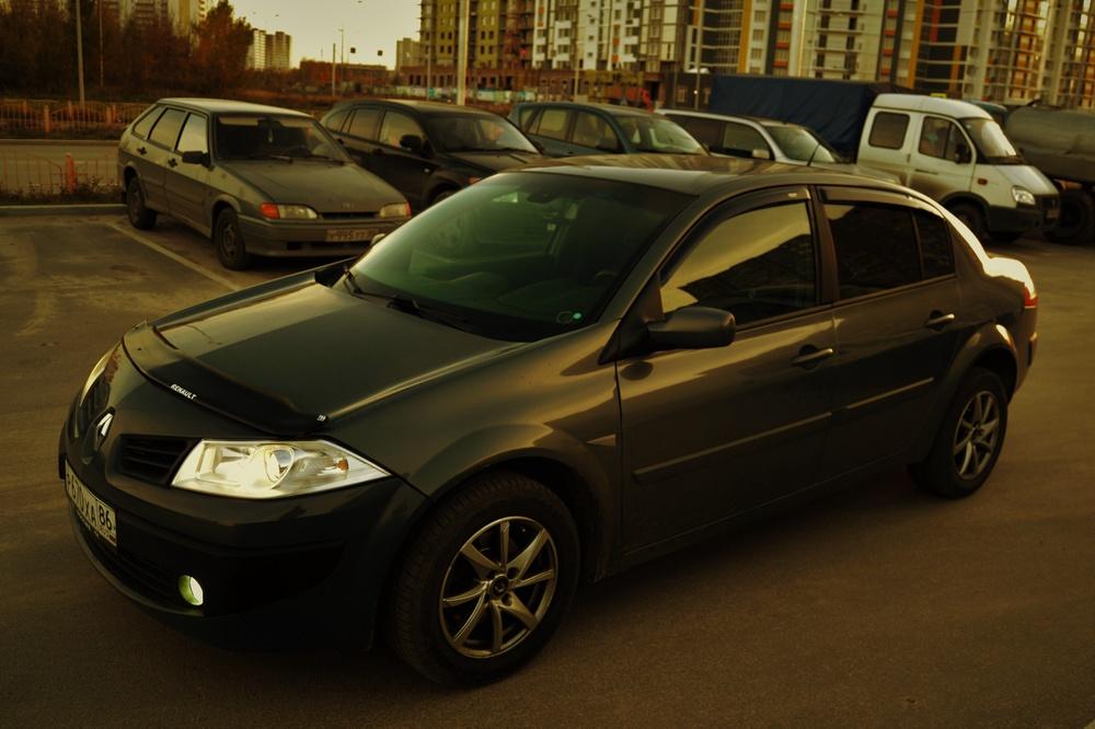 Подержанный Renault Megane, хорошее состояние, серый , 2007 года выпуска, цена 290 000 руб. в ао. Ханты-Мансийском Автономном округе - Югре