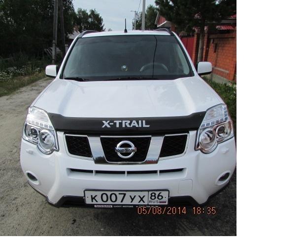 Подержанный Nissan X-Trail, хорошее состояние, белый перламутр, 2012 года выпуска, цена 950 000 руб. в ао. Ханты-Мансийском Автономном округе - Югре