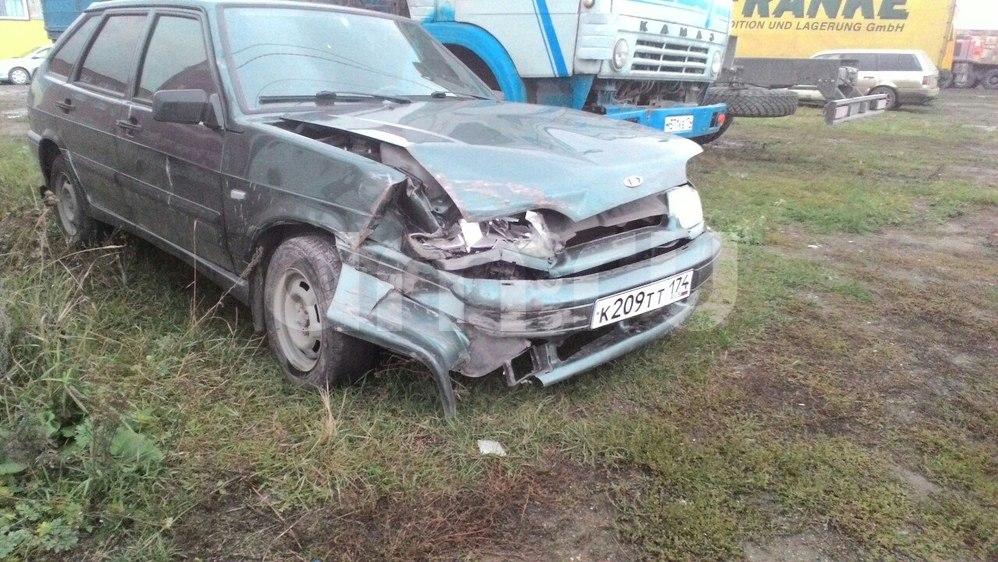 Подержанный ВАЗ (Lada) 2114, битый состояние, зеленый металлик, 2011 года выпуска, цена 105 000 руб. в Челябинской области