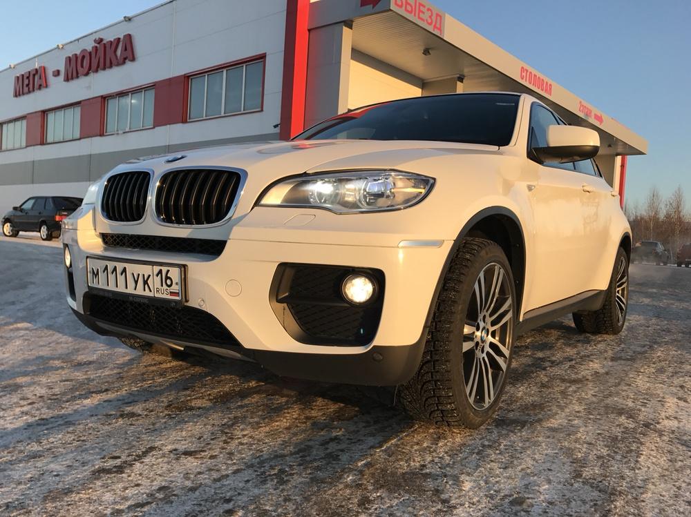 Подержанный BMW X6, отличное состояние, белый , 2012 года выпуска, цена 2 050 000 руб. в республике Татарстане