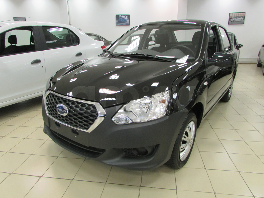 Datsun on-DO с пробегом, черный , отличное состояние, 2015 года выпуска, цена 399 000 руб. в автосалоне  ()