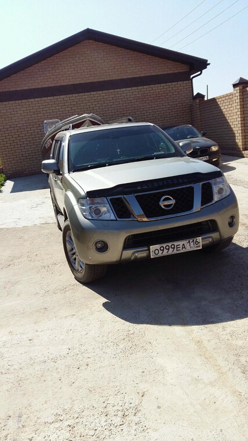 Подержанный Nissan Pathfinder, хорошее состояние, серый , 2011 года выпуска, цена 1 100 000 руб. в республике Татарстане