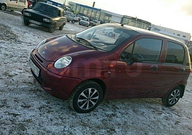 Подержанный Daewoo Matiz, хорошее состояние, бордовый , 2011 года выпуска, цена 168 000 руб. в республике Татарстане