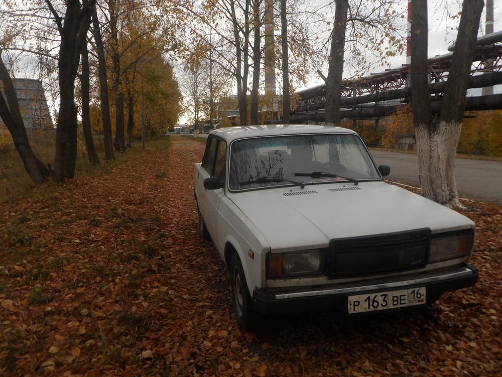 Подержанный ВАЗ (Lada) 2107, хорошее состояние, белый , 2004 года выпуска, цена 33 000 руб. в республике Татарстане