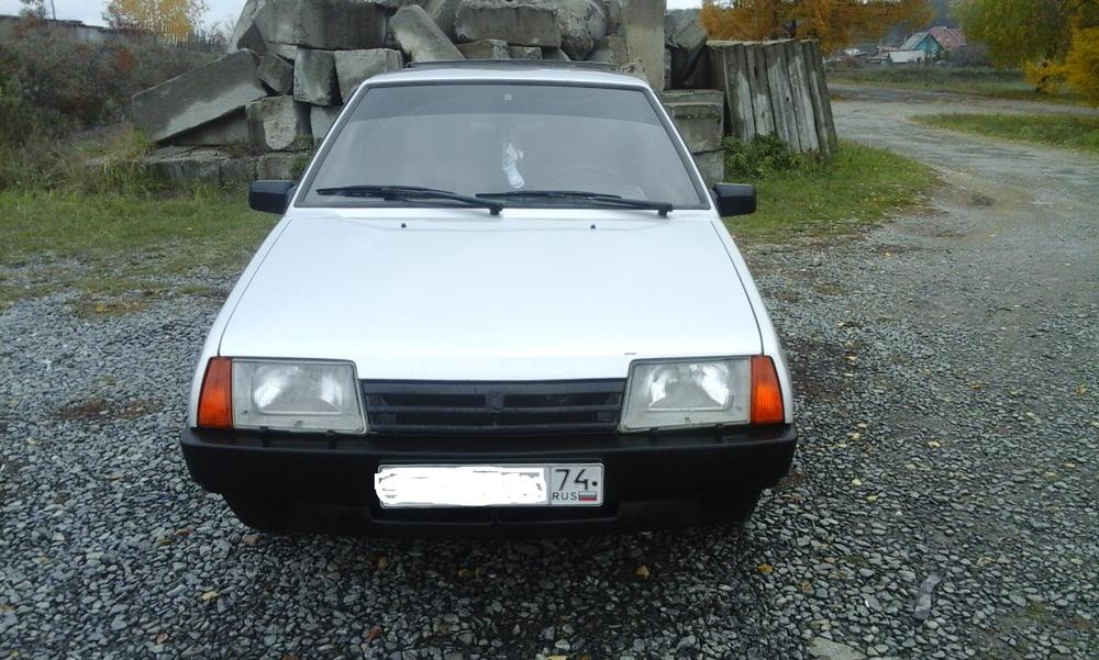 Подержанный ВАЗ (Lada) 2109, хорошее состояние, серебряный металлик, 2003 года выпуска, цена 95 000 руб. в Челябинской области