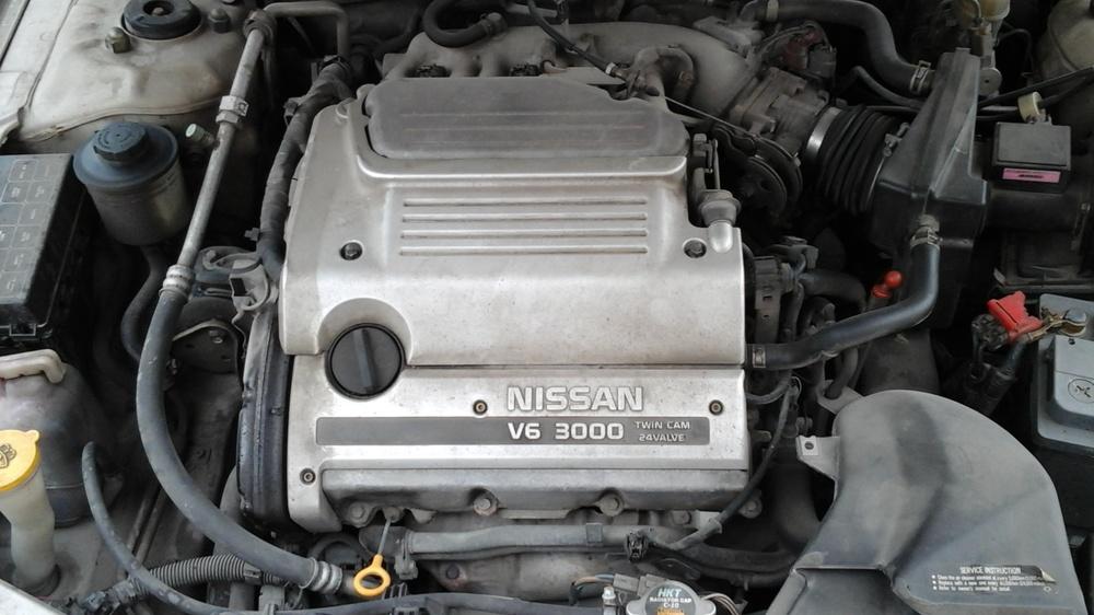 Подержанный Nissan Maxima, хорошее состояние, бежевый перламутр, 1998 года выпуска, цена 179 000 руб. в Челябинской области