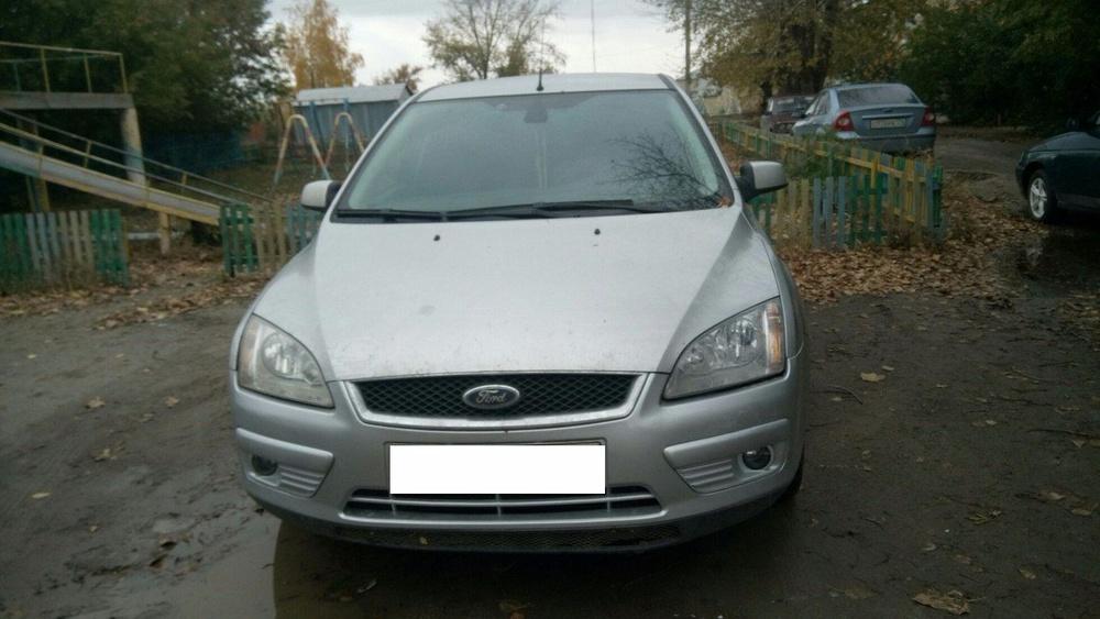 Подержанный Ford Focus, отличное состояние, серебряный , 2007 года выпуска, цена 295 000 руб. в Челябинской области