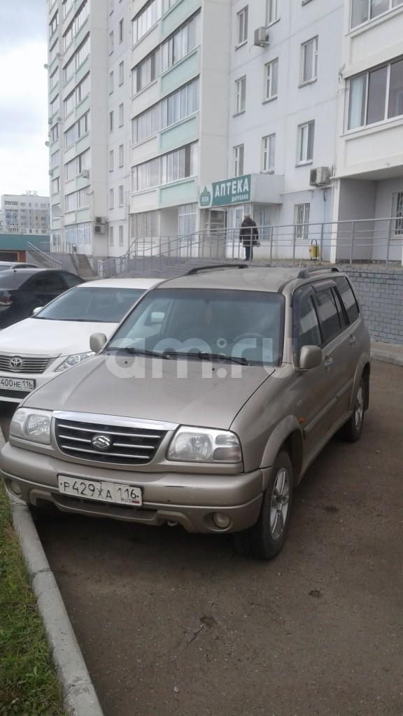 Подержанный Suzuki Grand Vitara, отличное состояние, бежевый , 2002 года выпуска, цена 300 000 руб. в республике Татарстане