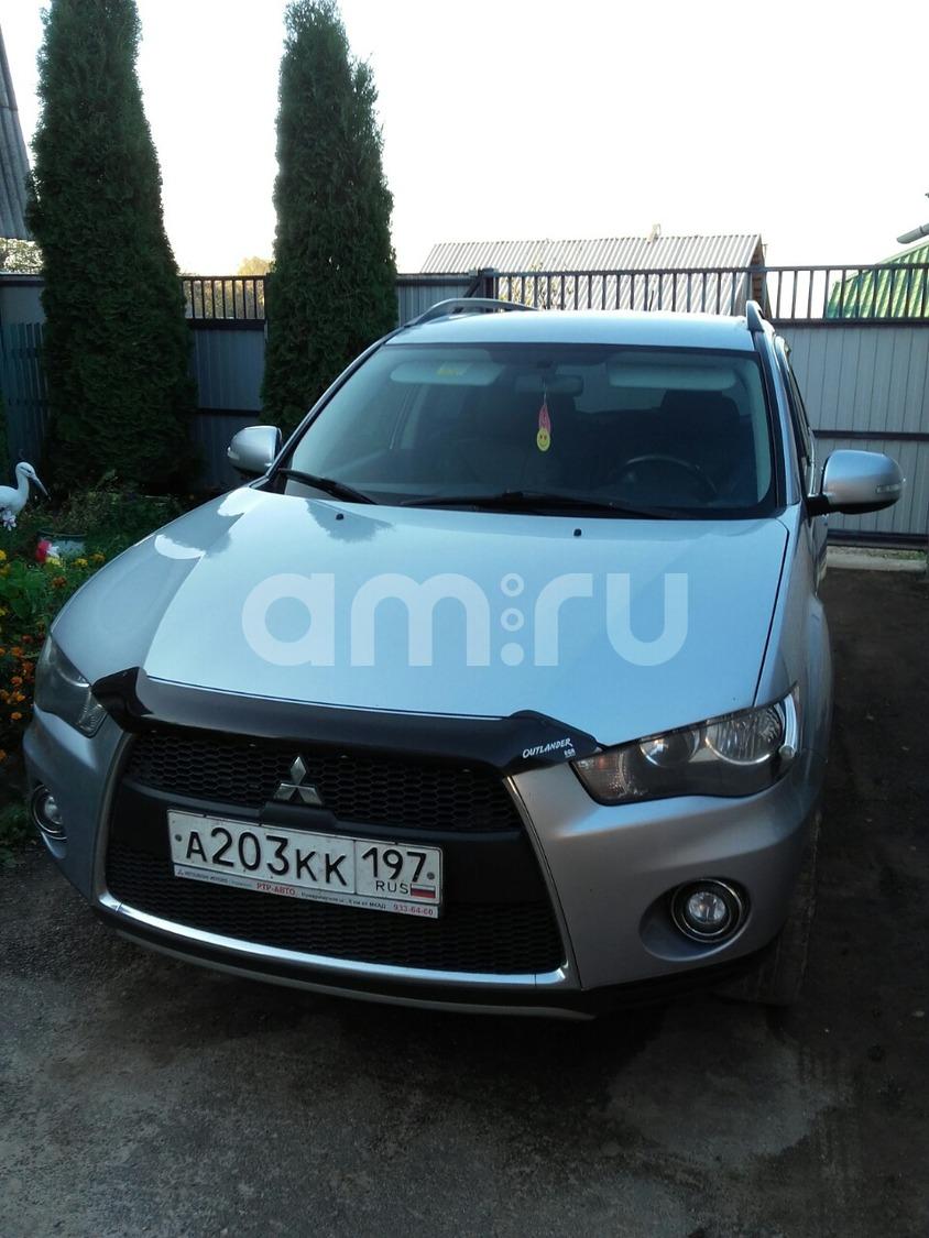 Подержанный Mitsubishi Outlander, отличное состояние, серебряный металлик, 2010 года выпуска, цена 850 000 руб. в Смоленской области
