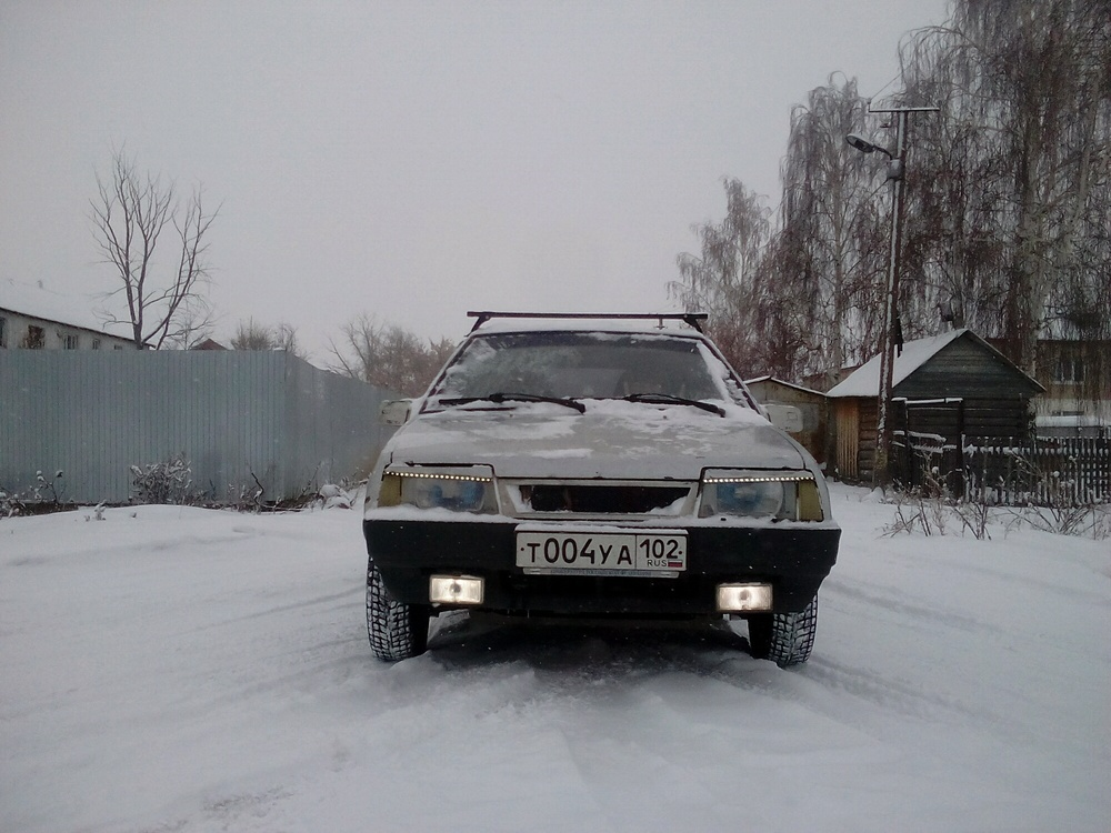 Подержанный ВАЗ (Lada) 2109, хорошее состояние, серебряный металлик, 2001 года выпуска, цена 65 999 руб. в Челябинской области