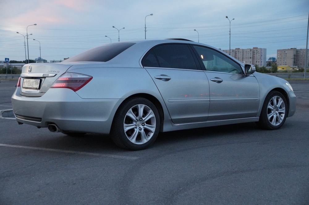 Подержанный Honda Legend, среднее состояние, серебряный , 2008 года выпуска, цена 750 000 руб. в ао. Ханты-Мансийском Автономном округе - Югре