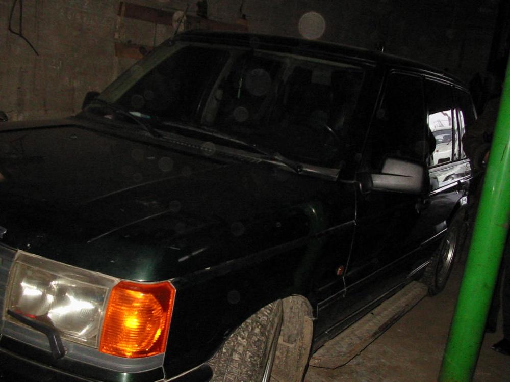 Подержанный Land Rover Range Rover, хорошее состояние, зеленый , 1997 года выпуска, цена 300 000 руб. в ао. Ханты-Мансийском Автономном округе - Югре