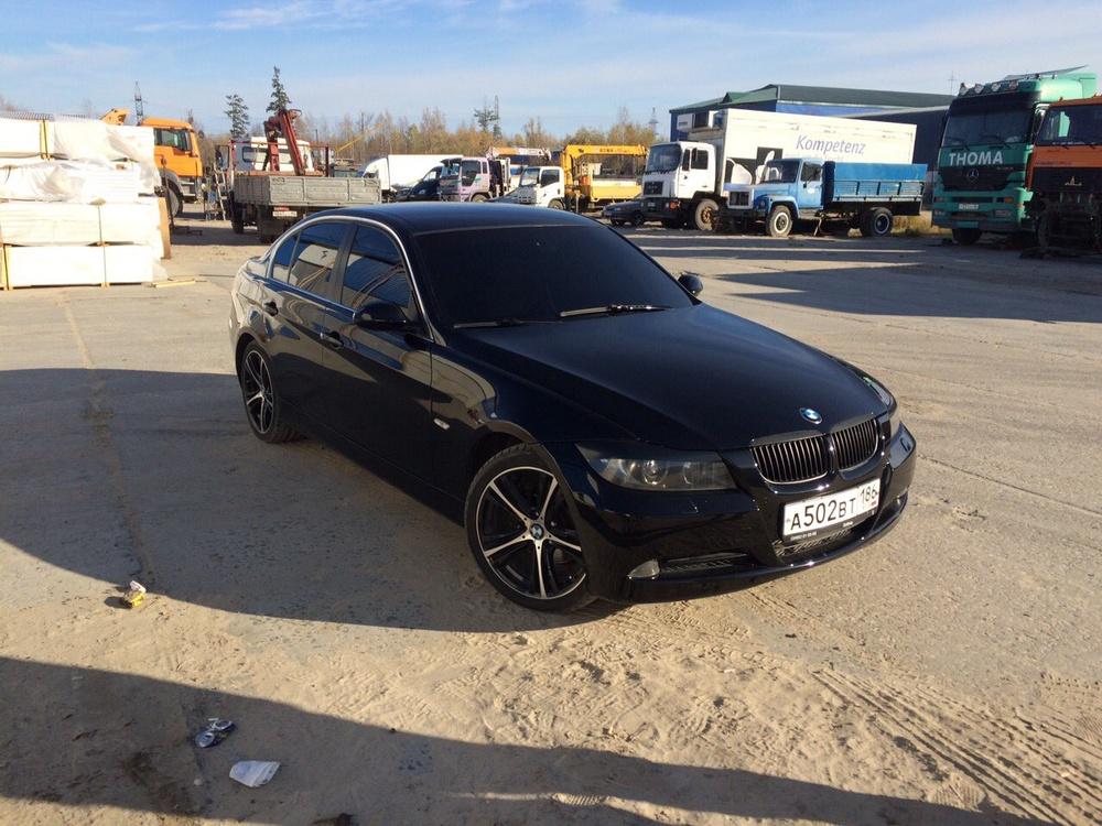 Подержанный BMW 3 серия, отличное состояние, черный , 2007 года выпуска, цена 700 000 руб. в ао. Ханты-Мансийском Автономном округе - Югре