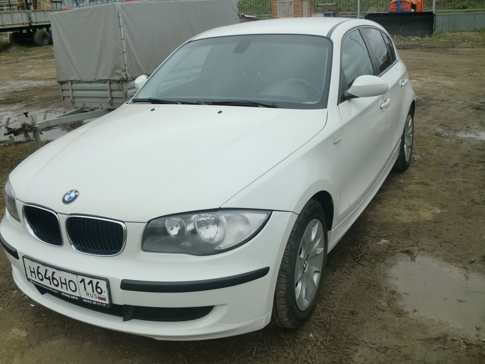 Подержанный BMW 1 серия, отличное состояние, белый , 2009 года выпуска, цена 525 000 руб. в республике Татарстане