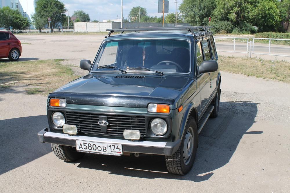 Подержанный ВАЗ (Lada) 4x4, отличное состояние, зеленый , 2011 года выпуска, цена 300 000 руб. в Челябинской области
