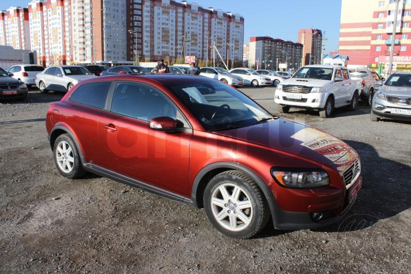 Volvo C30 с пробегом, красный , хорошее состояние, 2007 года выпуска, цена 415 000 руб. в автосалоне  ()