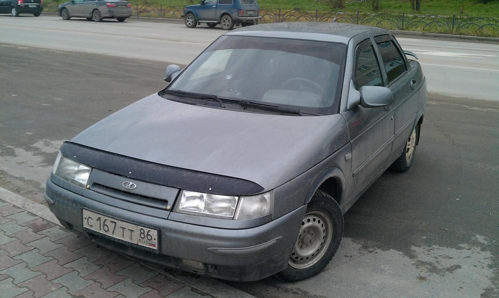 Подержанный ВАЗ (Lada) 2110, хорошее состояние, мокрый асфальт , 2004 года выпуска, цена 75 000 руб. в ао. Ханты-Мансийском Автономном округе - Югре