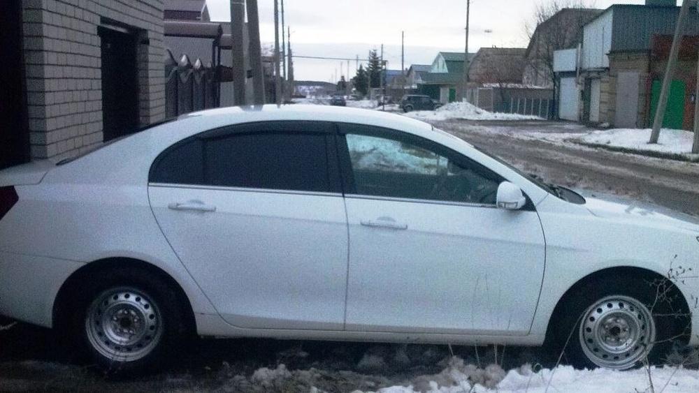 Подержанный Geely Emgrand, среднее состояние, белый , 2012 года выпуска, цена 330 000 руб. в республике Татарстане