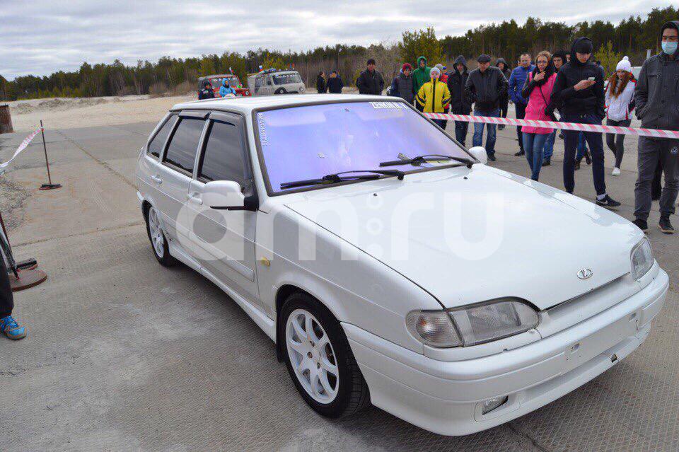 Подержанный ВАЗ (Lada) 2114, отличное состояние, белый , 2011 года выпуска, цена 240 000 руб. в ао. Ханты-Мансийском Автономном округе - Югре