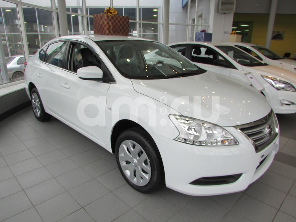 Nissan Sentra с пробегом, белый акрил, отличное состояние, 2015 года выпуска, цена 942 000 руб. в автосалоне  ()