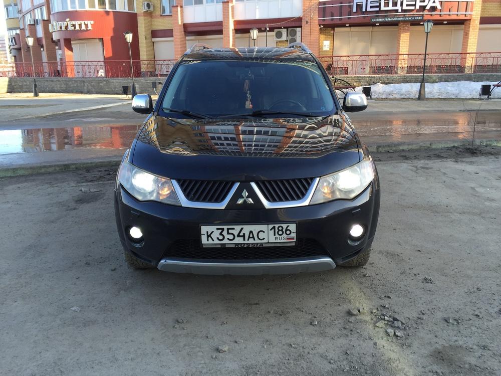 Подержанный Mitsubishi Outlander, отличное состояние, черный , 2007 года выпуска, цена 715 000 руб. в ао. Ханты-Мансийском Автономном округе - Югре