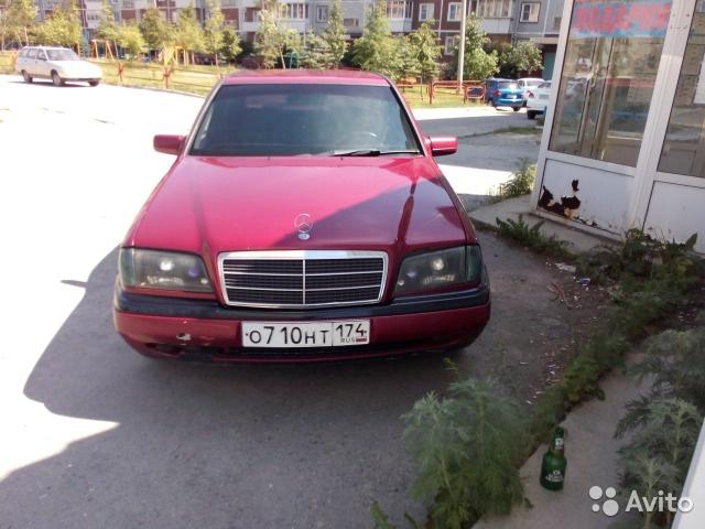 Подержанный Mercedes-Benz C-Класс, хорошее состояние, вишневый , 1995 года выпуска, цена 150 000 руб. в Челябинской области