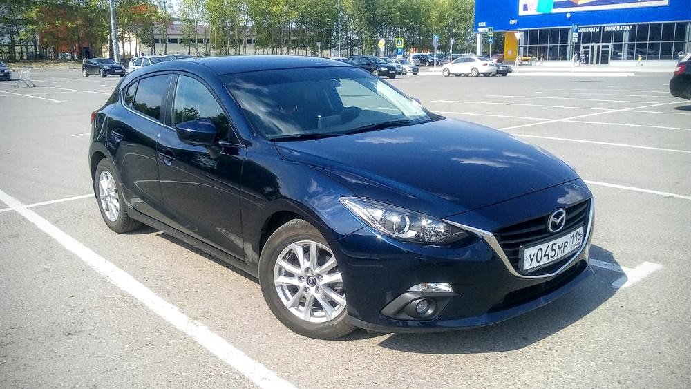 Подержанный Mazda 3, отличное состояние, синий , 2014 года выпуска, цена 899 000 руб. в республике Татарстане