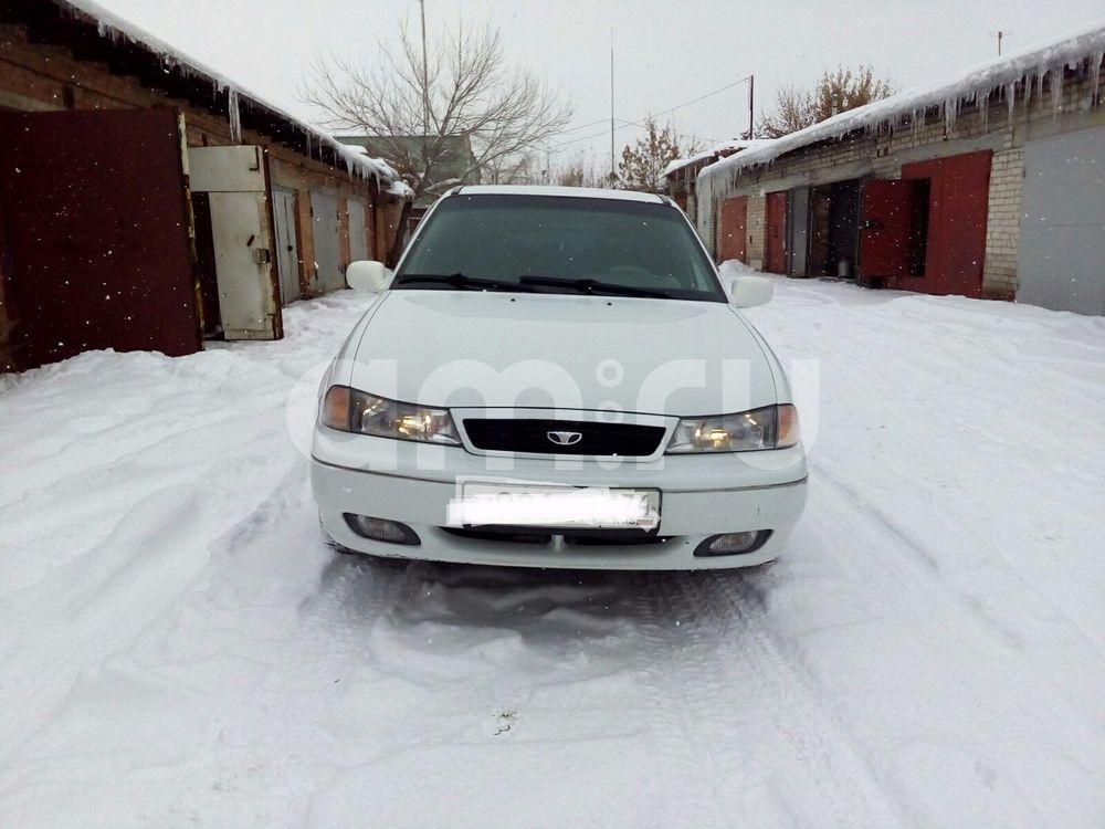 Подержанный Daewoo Nexia, хорошее состояние, белый , 2001 года выпуска, цена 85 000 руб. в Челябинской области