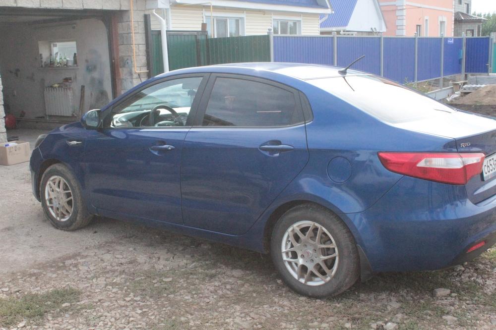 Подержанный Kia Rio, хорошее состояние, синий , 2012 года выпуска, цена 400 000 руб. в республике Татарстане